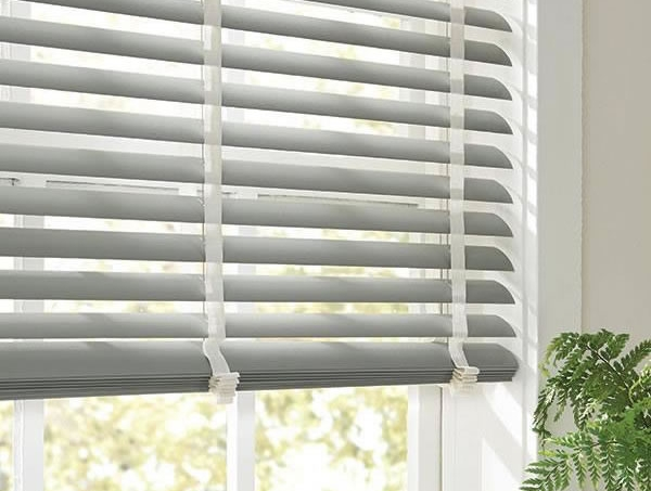 Horizontal Blinds Express Blinds Shutters Shades Amp Drapes